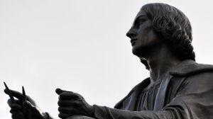 Ukradli sferę Kopernikowi.