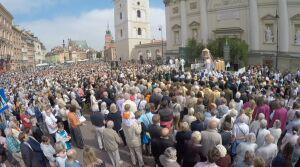 Boże Ciało: 21 procesji, komunikacja na objazdach