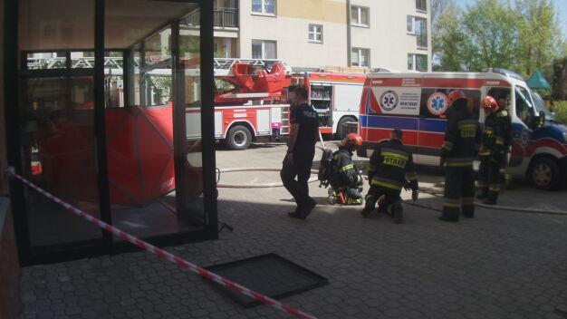 Pożar w piwnicy bloku, jedna osoba nie żyje