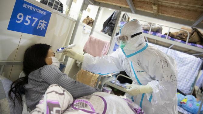 W ognisku epidemii zmarło <br />kolejnych prawie 100 osób